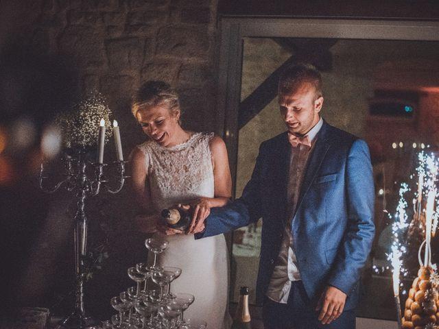 Le mariage de Sylvain et Camille à Tour-en-Bessin, Calvados 83