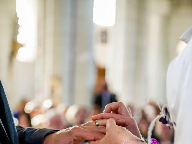 Le mariage de Christophe et Tiphaine à Saint-Genest-d'Ambière, Vienne 34