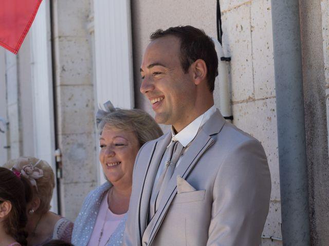Le mariage de François et Laetitia à Mouton, Charente 17
