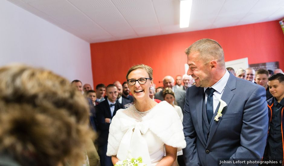 Le mariage de Arnaud et Catherine à Witternesse, Pas-de-Calais