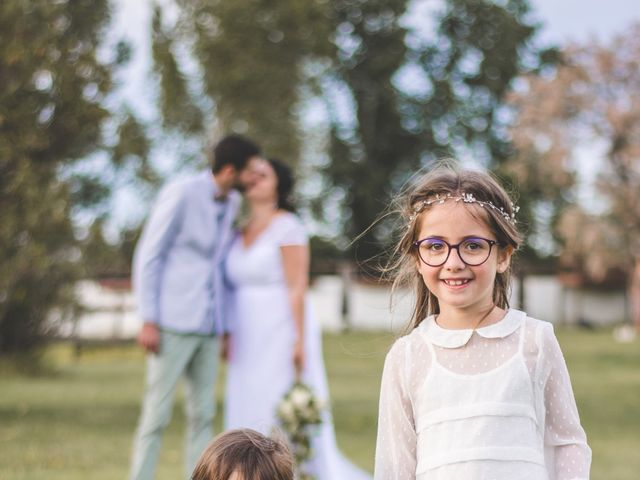 Le mariage de Florent et Célia à Rodilhan, Gard 22