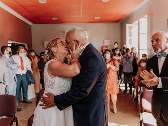 Le mariage de Fernand et Florence à Port-d'Envaux, Charente Maritime 6