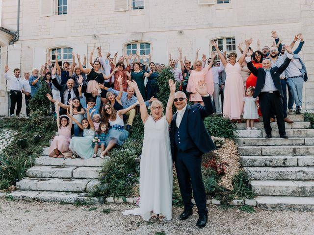 Le mariage de Fernand et Florence à Port-d'Envaux, Charente Maritime 9