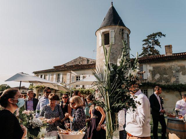Le mariage de Fernand et Florence à Port-d'Envaux, Charente Maritime 13