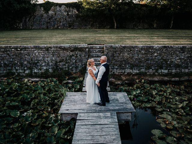 Le mariage de Fernand et Florence à Port-d'Envaux, Charente Maritime 17