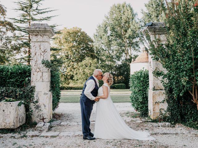 Le mariage de Fernand et Florence à Port-d'Envaux, Charente Maritime 22