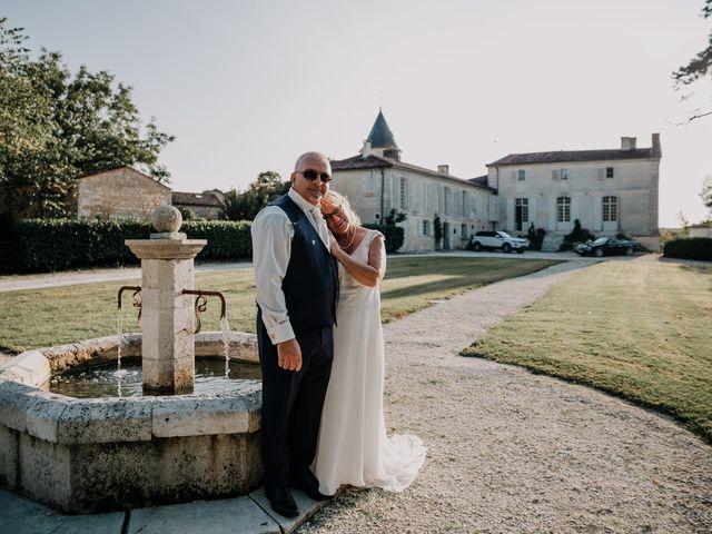 Le mariage de Fernand et Florence à Port-d'Envaux, Charente Maritime 23
