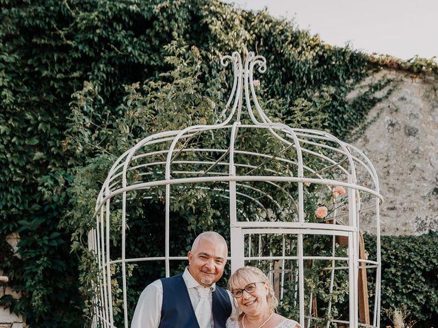 Le mariage de Fernand et Florence à Port-d'Envaux, Charente Maritime 28