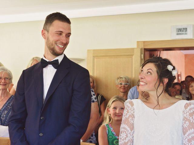 Le mariage de Cyril et Marine à Perrignier, Haute-Savoie 14