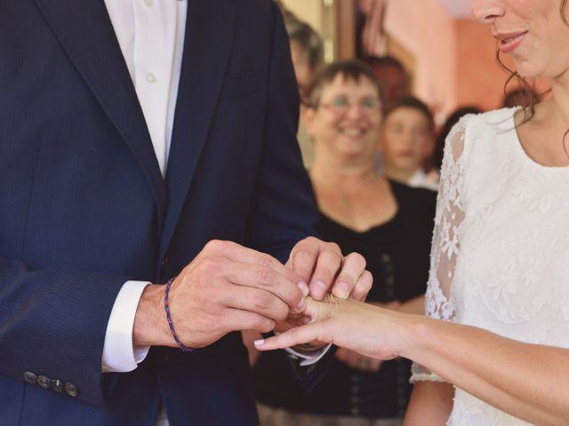 Le mariage de Cyril et Marine à Perrignier, Haute-Savoie 15