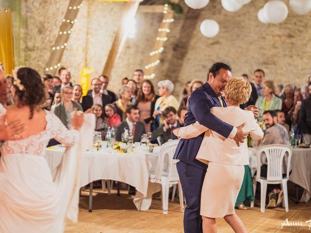 Le mariage de Julien et Anne à Eymoutiers, Haute-Vienne 24
