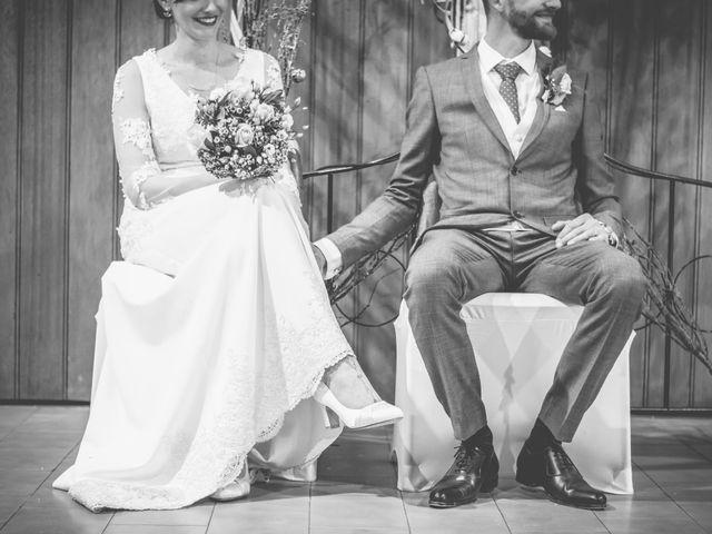 Le mariage de Yohann et Laëtitia à Saint-Privat-des-Vieux, Gard 25