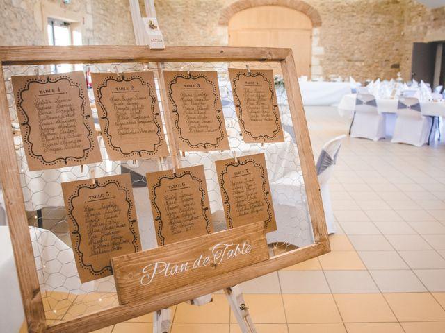 Le mariage de Yohann et Laëtitia à Saint-Privat-des-Vieux, Gard 35