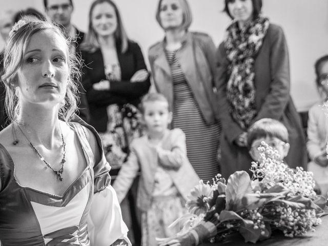 Le mariage de Gaëtan et Amandine à Chavanoz, Isère 11