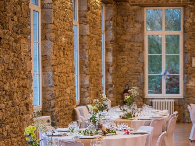 Le mariage de Vincent et Fateata à Coutances, Manche 12