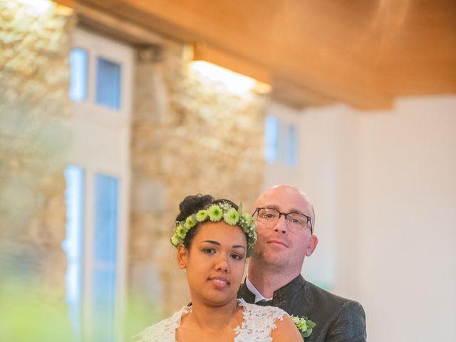 Le mariage de Vincent et Fateata à Coutances, Manche 13