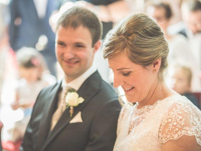 Le mariage de Thomas et Elodie à Saint-Prim, Isère 10