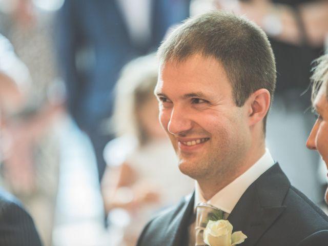 Le mariage de Thomas et Elodie à Saint-Prim, Isère 11