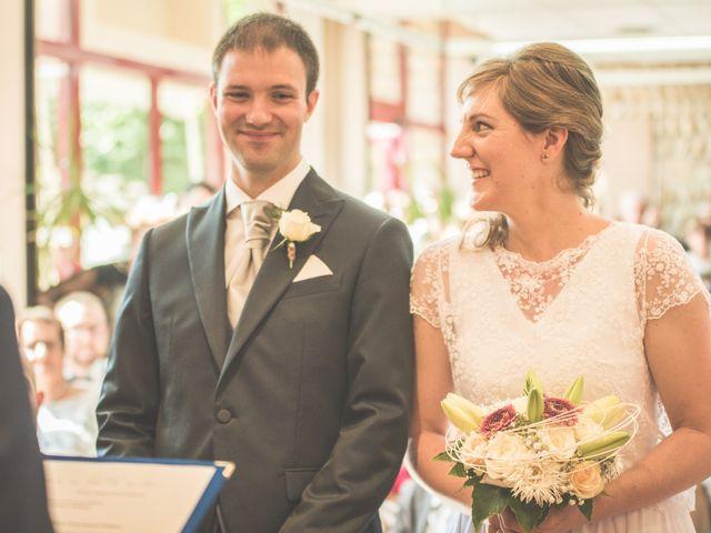 Le mariage de Thomas et Elodie à Saint-Prim, Isère 12