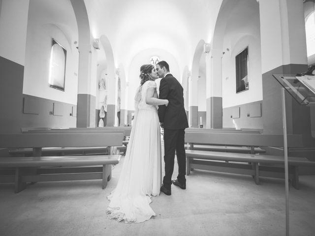 Le mariage de Thomas et Elodie à Saint-Prim, Isère 18