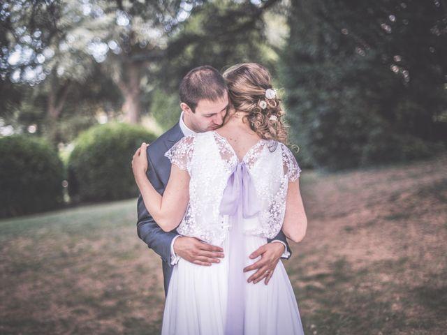 Le mariage de Thomas et Elodie à Saint-Prim, Isère 32