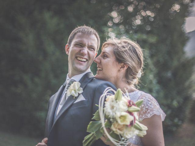 Le mariage de Thomas et Elodie à Saint-Prim, Isère 1