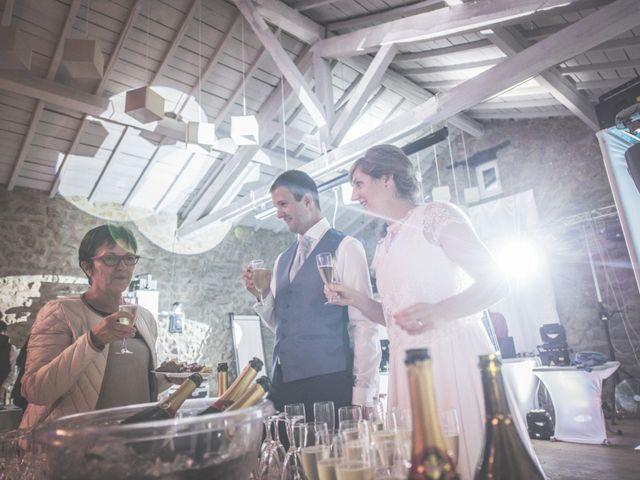 Le mariage de Thomas et Elodie à Saint-Prim, Isère 57