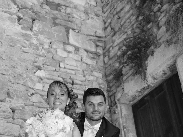 Le mariage de Christophe et Aurelie à Vézénobres, Gard 3