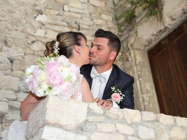 Le mariage de Christophe et Aurelie à Vézénobres, Gard 4