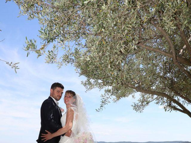 Le mariage de Christophe et Aurelie à Vézénobres, Gard 10