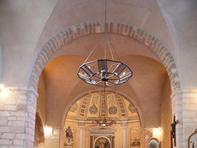 Le mariage de Christophe et Aurelie à Vézénobres, Gard 15