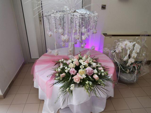 Le mariage de Christophe et Aurelie à Vézénobres, Gard 18