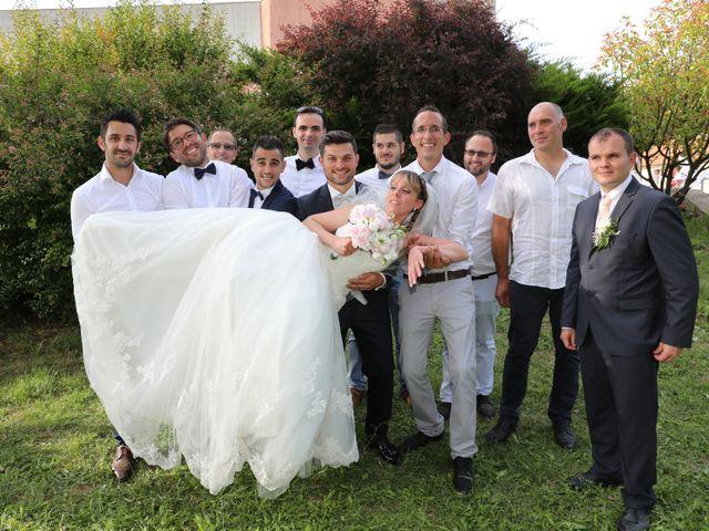 Le mariage de Christophe et Aurelie à Vézénobres, Gard 20