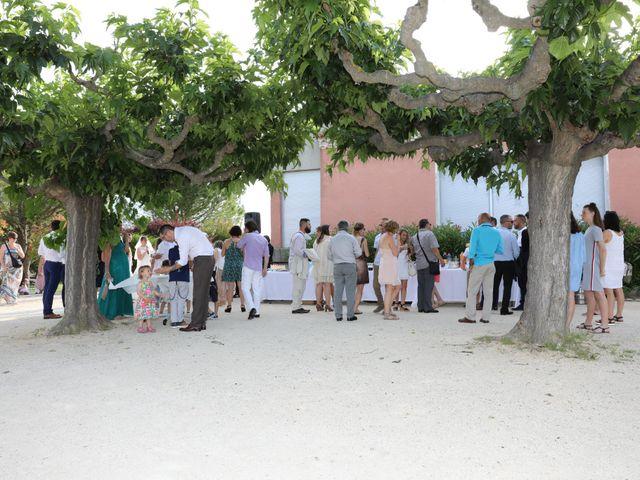 Le mariage de Christophe et Aurelie à Vézénobres, Gard 26
