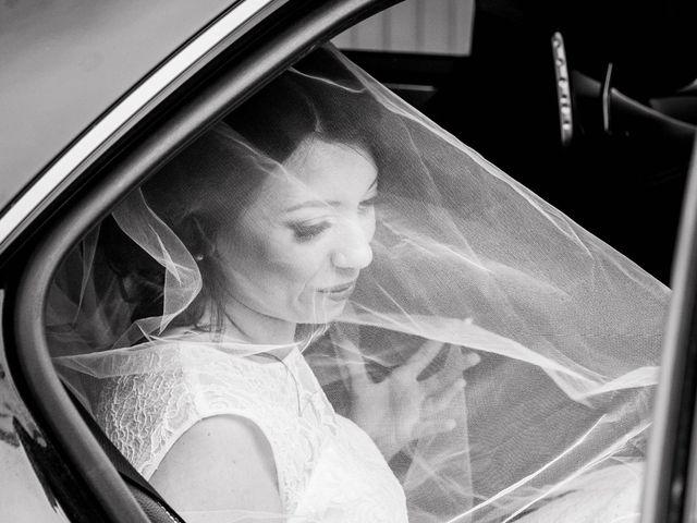 Le mariage de Julien et Wessalie à Saint-Martin-la-Plaine, Loire 21