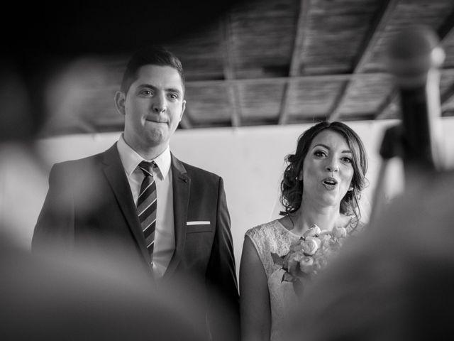 Le mariage de Julien et Wessalie à Saint-Martin-la-Plaine, Loire 25