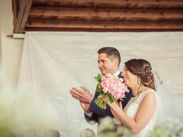 Le mariage de Julien et Wessalie à Saint-Martin-la-Plaine, Loire 1