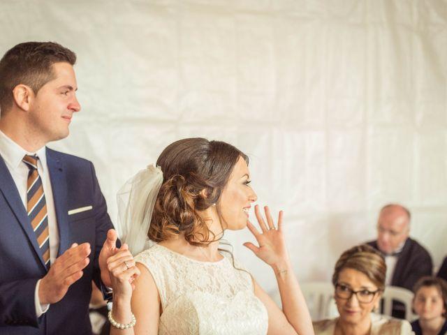 Le mariage de Julien et Wessalie à Saint-Martin-la-Plaine, Loire 27