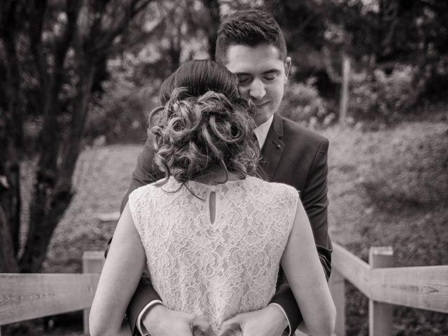 Le mariage de Julien et Wessalie à Saint-Martin-la-Plaine, Loire 35