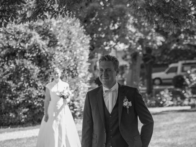 Le mariage de Nicolas et Elodie à Mozac, Puy-de-Dôme 14
