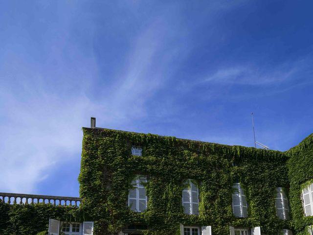 Le mariage de Nicolas et Elodie à Mozac, Puy-de-Dôme 35