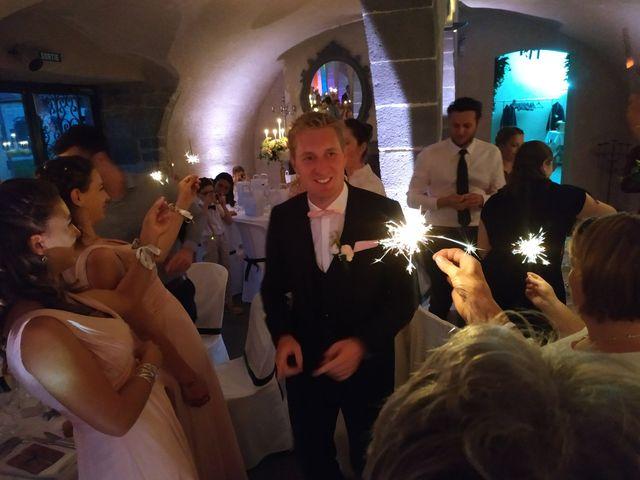 Le mariage de Nicolas et Elodie à Mozac, Puy-de-Dôme 43