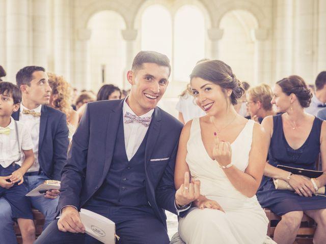 Le mariage de Emmanuel et Laura à Poitiers, Vienne 57