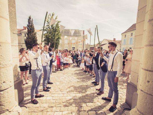 Le mariage de Emmanuel et Laura à Poitiers, Vienne 60