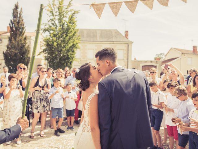 Le mariage de Emmanuel et Laura à Poitiers, Vienne 63