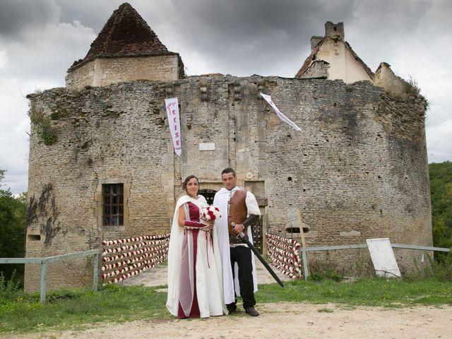 Le mariage de Cyril et Elise à Montbard, Côte d'Or 9