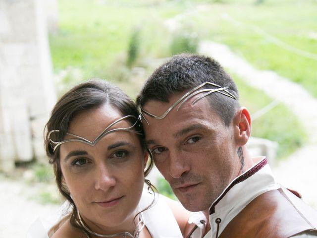 Le mariage de Cyril et Elise à Montbard, Côte d'Or 12