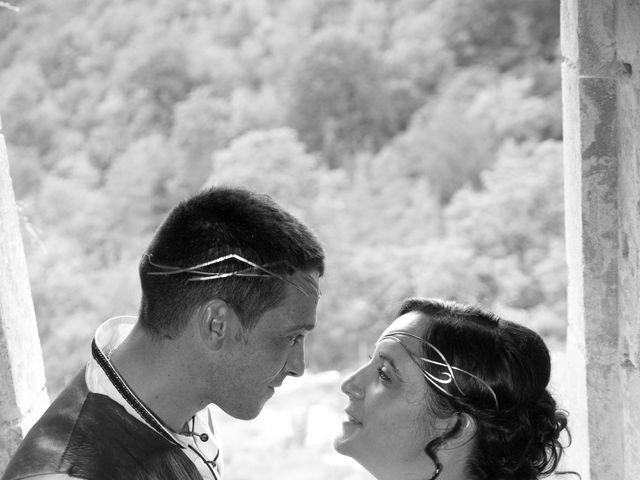 Le mariage de Cyril et Elise à Montbard, Côte d'Or 13
