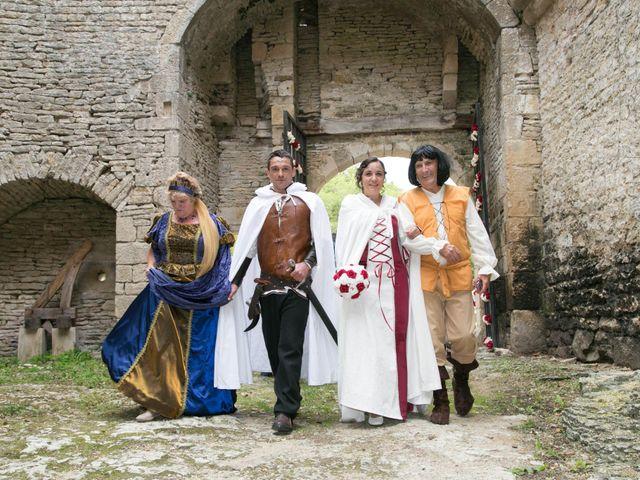 Le mariage de Cyril et Elise à Montbard, Côte d'Or 16