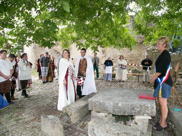 Le mariage de Cyril et Elise à Montbard, Côte d'Or 17
